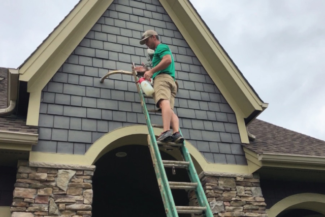 cleaning chalky exterior paint